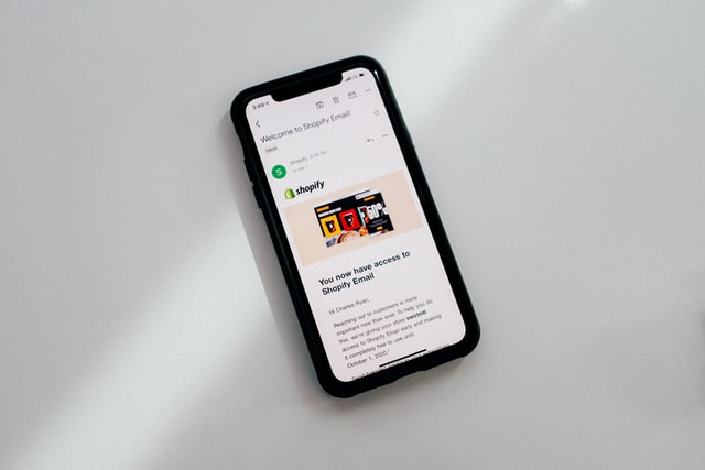 Subscription-Based Apps: Pros, Cons, and How to Make the Big Bucks